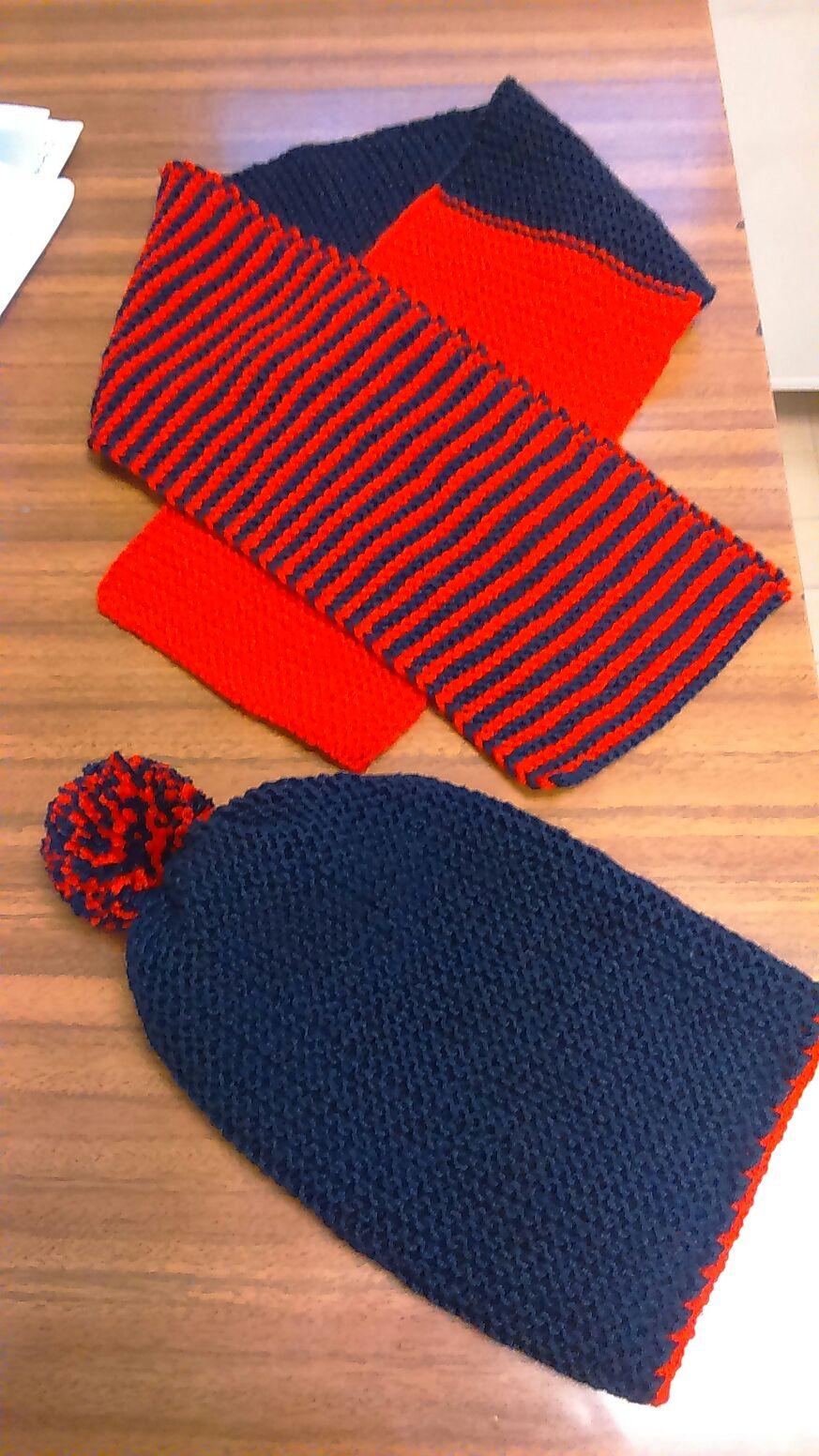 Cappellino con sciarpa per bambino  4043dab6dc29